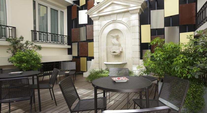 Rochester - Paris - Restaurant  (1).jpg