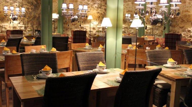 Prince De Conti - Paris - Restaurant.JPEG