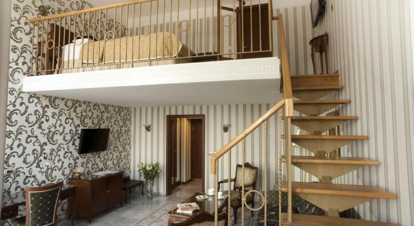 Moskva Hotel - Belgrade - Room  (4).jpg
