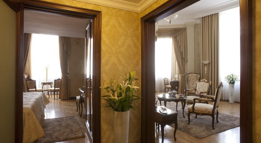 Moskva Hotel - Belgrade - Room  (5).jpg