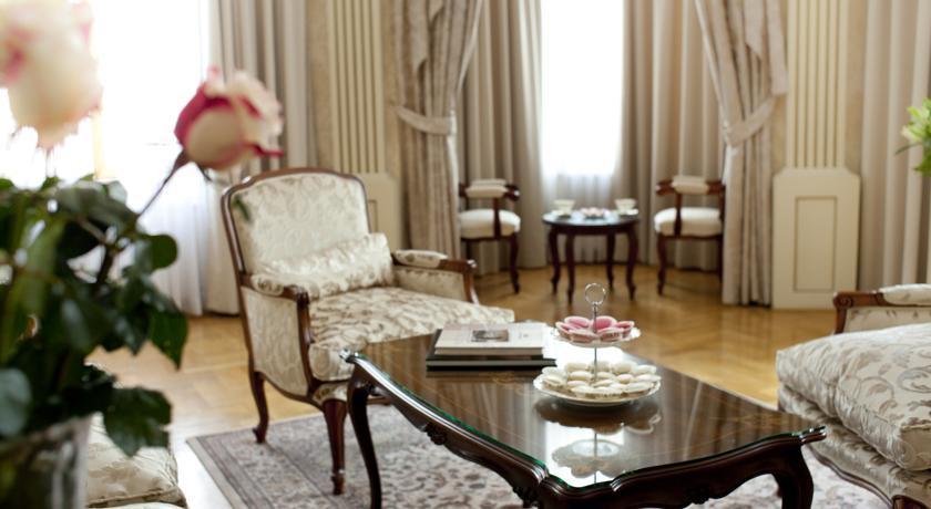 Moskva Hotel - Belgrade - Room  (7).jpg