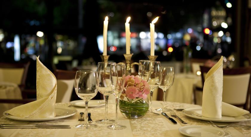 Moskva Hotel - Belgrade - Restaurant (1).jpg