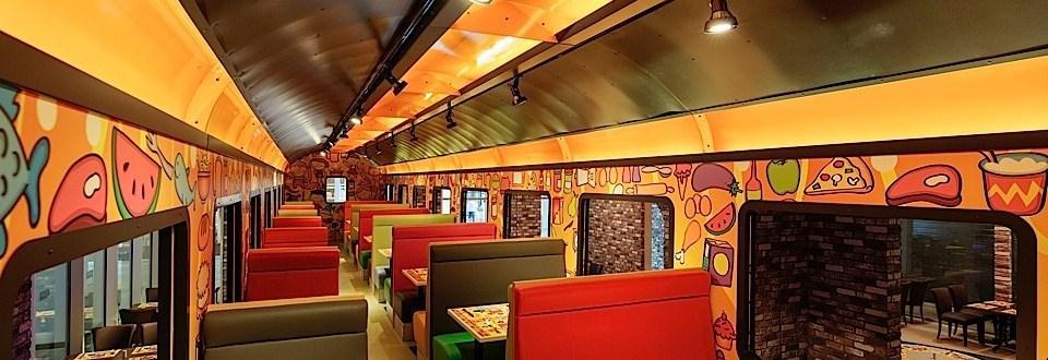 Titanic Deluxe-main restaurant
