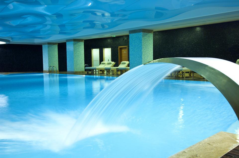 Ramada Plaza Antalya-Pool
