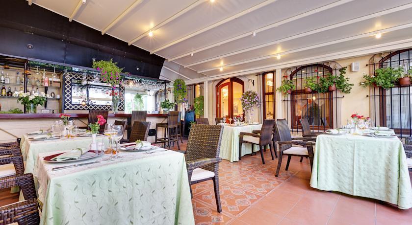 Arena Hotel - Istanbul - Restaurant  (1).jpg