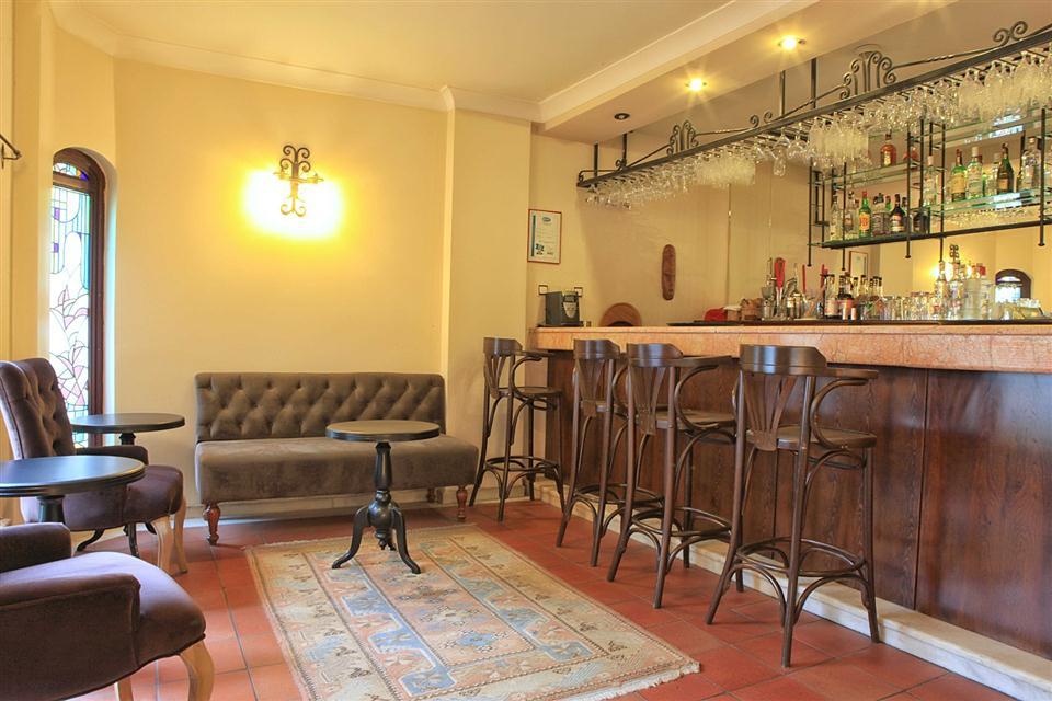 Aspen Hotel-Bar