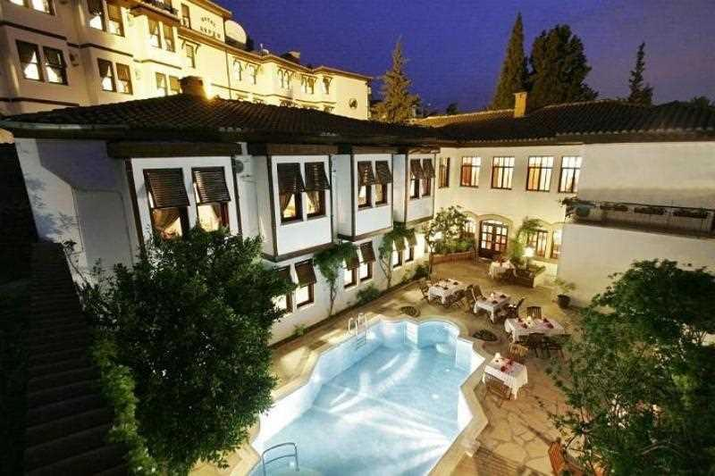 Aspen Hotel-Pool