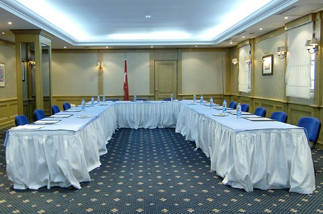 Cartoon hotel-Meeting