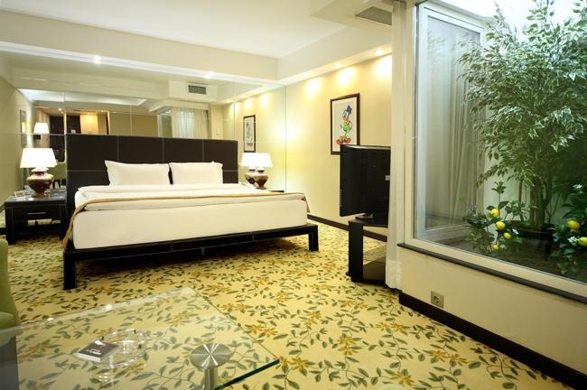 Cartoon hotel-Suite
