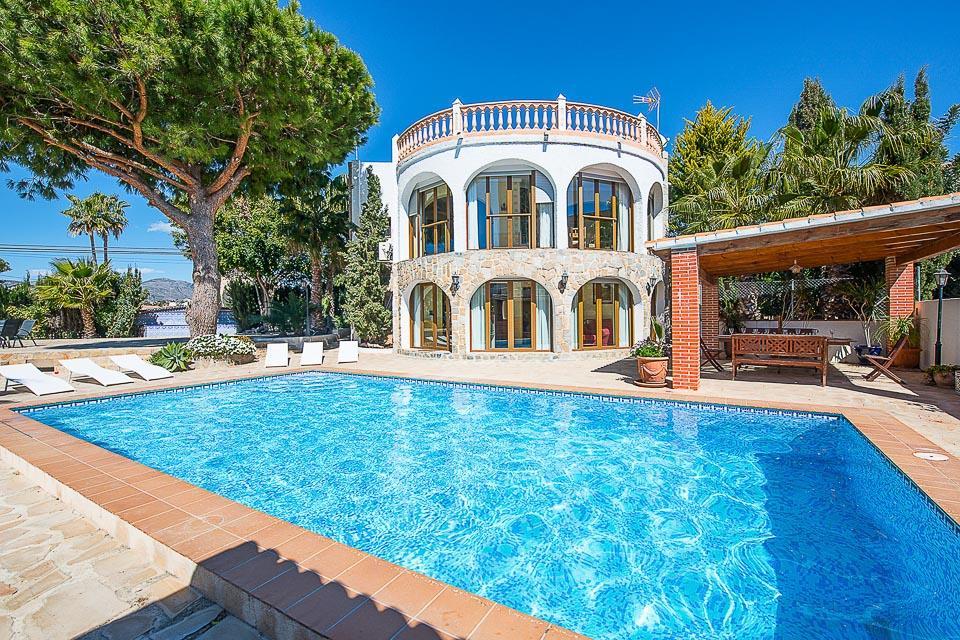 Villa Cinya