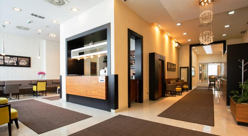 Nevski Hotel - Belgrade - Reception & lobby.jpg