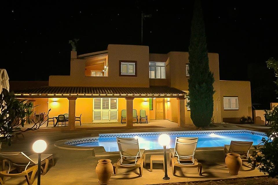 Villa KM2