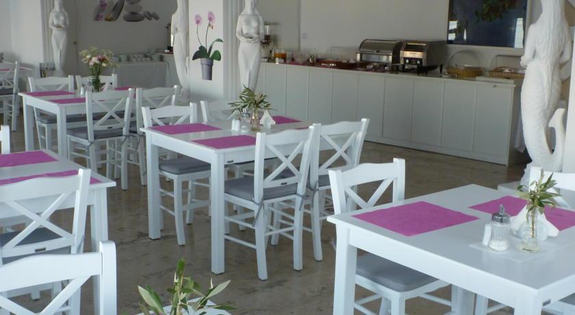 Gorgona Hotel - Mykonos - Restaurant (2).jpg