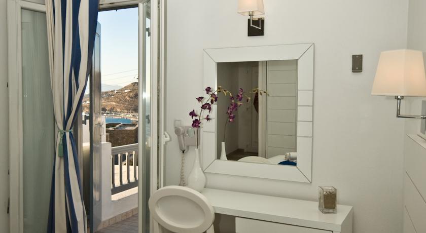 Gorgona Hotel - Mykonos - Room (5).jpg
