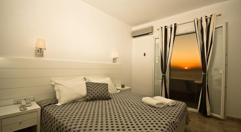 Gorgona Hotel - Mykonos - Room (7).jpg
