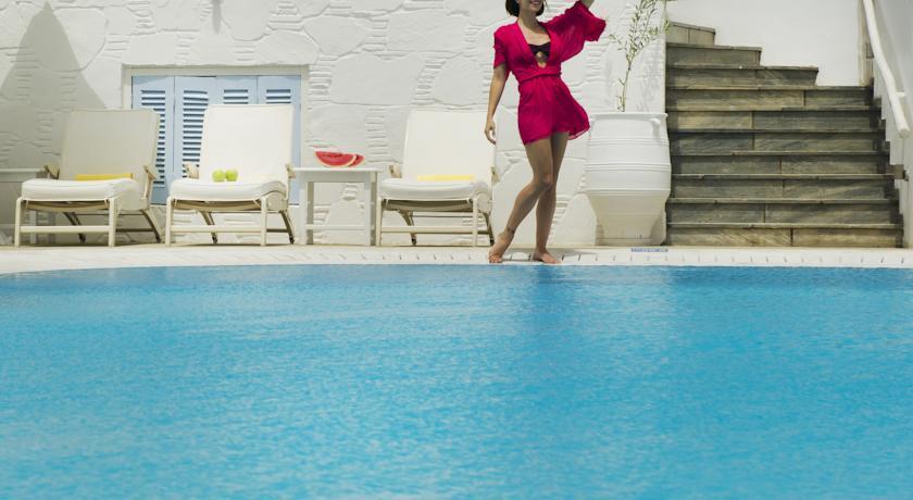 Petinos Beach Hotel - Mykonos - Pool.jpg