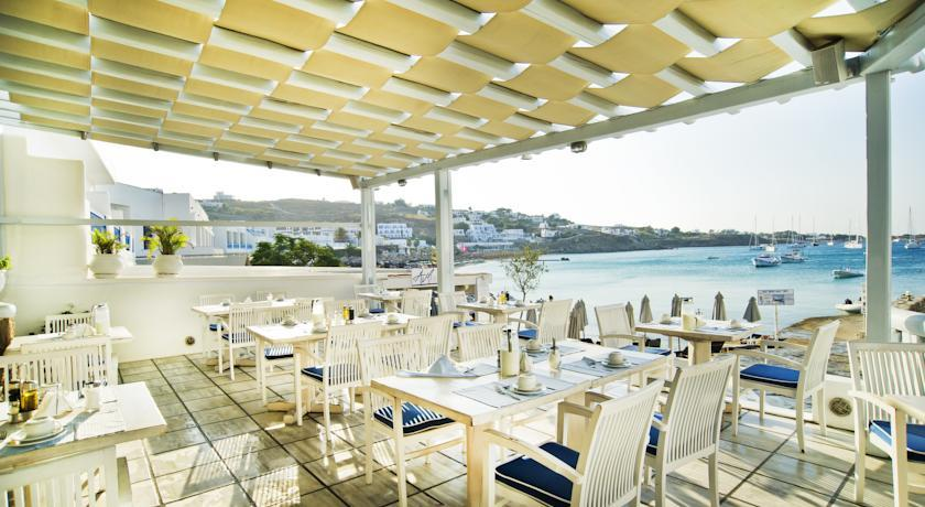 Petinos Beach Hotel - Mykonos - Restaurant (1).jpg