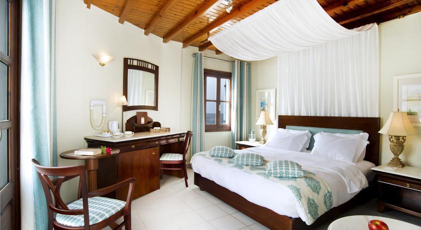 Petinos Beach Hotel - Mykonos - Room (7).jpg