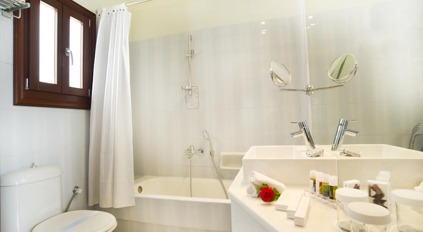 Petinos Beach Hotel - Mykonos - Room (9).jpg