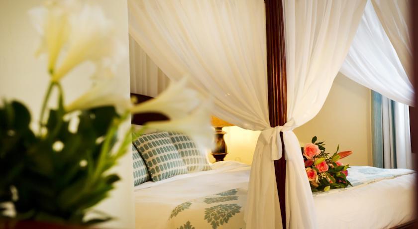 Petinos Beach Hotel - Mykonos - Room (11).jpg