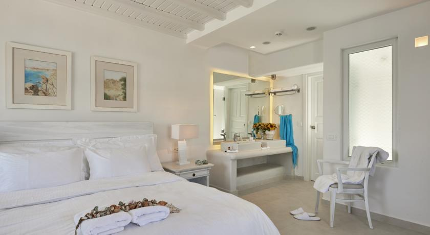 Petinos Beach Hotel - Mykonos - Room (14).jpg