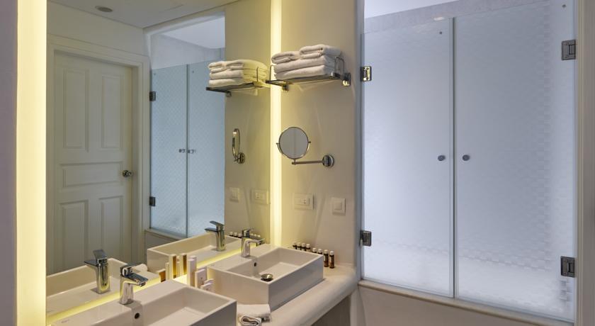 Petinos Beach Hotel - Mykonos - Room (15).jpg