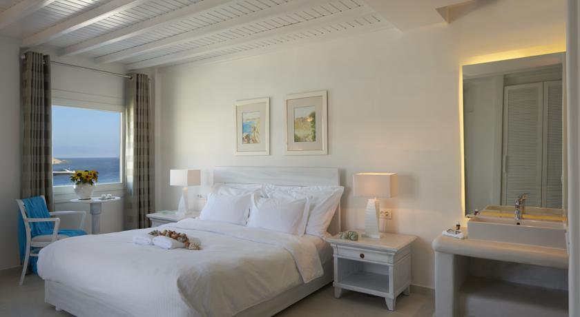 Petinos Beach Hotel - Mykonos - Room (16).jpg