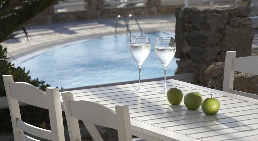 Porto Mykonos - Mykonos - Pool (1).jpg