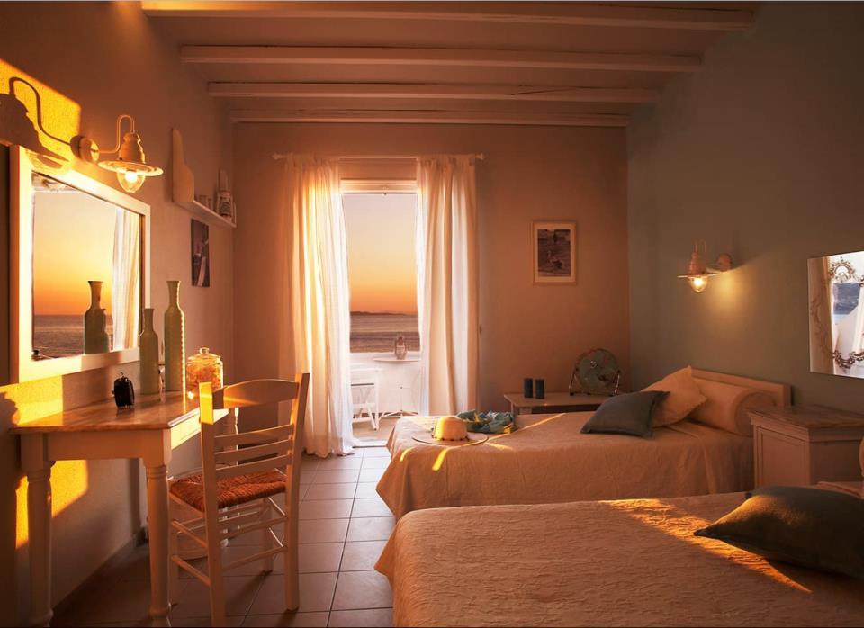 Porto Mykonos - Mykonos - Room (1).png